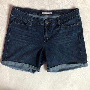Levi's Womens Cuffed Jean Shorts 18W